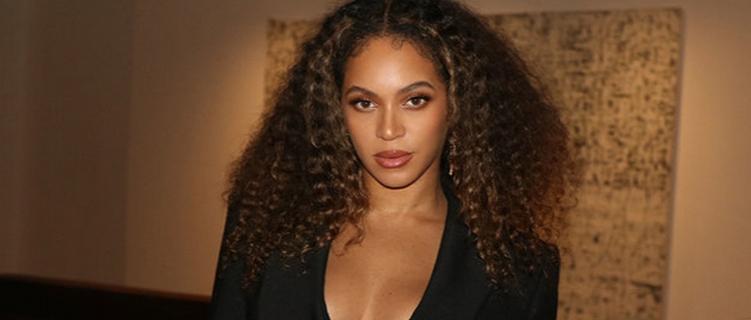 """Já com trailer, Beyoncé anuncia o lançamento do filme """"Black is King"""""""