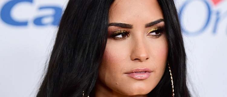 Demi Lovato anuncia pausa das redes sociais novamente