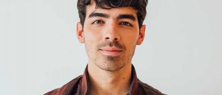 """Joe Jonas é escalado para elenco de novo filme de guerra, chamando """"Devotion"""""""