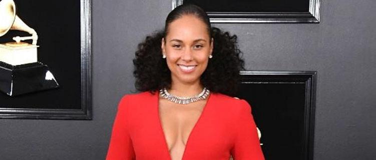 Alicia Keys promete lançar vídeo gravado no Brasil com Beyoncé quando encontrá-lo