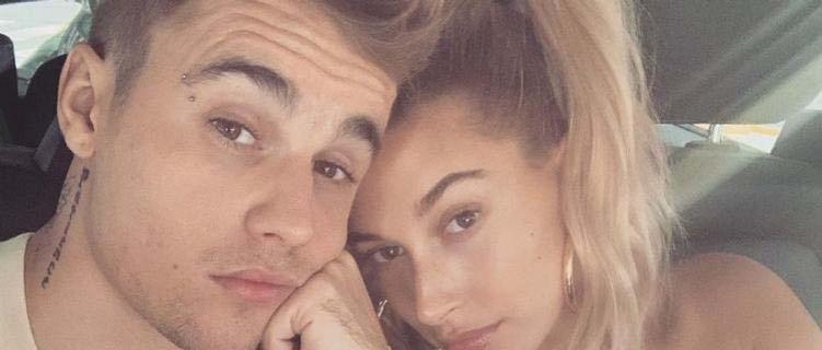 Justin Bieber faz pedido para paparazzi em Los Angeles – veja vídeo