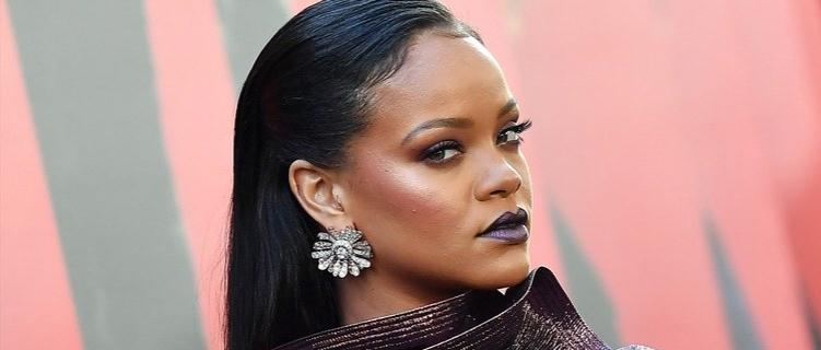 Poderosa: Rihanna alugou uma ilha inteira para gravar seu novo álbum