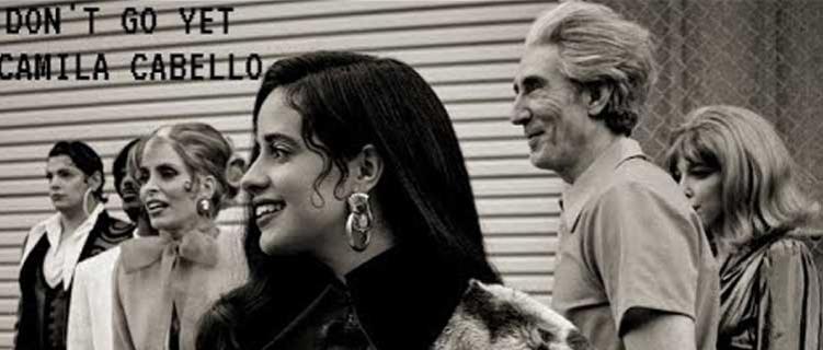 """Camila Cabello mostra novas fotos do clipe """"Don't Go Yet""""."""