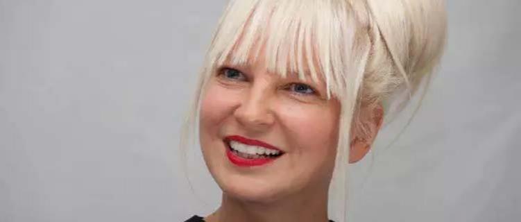 Sia paga pelas compras de desconhecidos em mercado nos Estados Unidos
