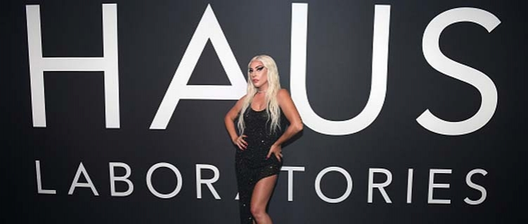 Fotos e vídeos: Lady Gaga no lançamento da Haus Laboratories