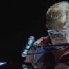 Elton John anuncia álbum feito durante a pandemia repleto de colaborações