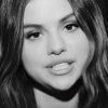 "Selena Gomez descreve álbum novo como ""místico, confiante e vibrante"