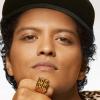 Bruno Mars revela que está em estúdio de gravação