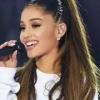 Ariana Grande diz que cantar faz com que seus problemas com ansiedade sejam aliviados
