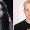 """Selena Gomez e Trevor Daniel lançam clipe para o single """"Past Life""""."""
