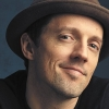 "Jason Mraz divulga o novo single, ""Wise Woman""."