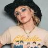 """Miley Cyrus libera trechos das músicas """"WTF Do I Know"""", """"High"""" e """"Hate Me"""""""